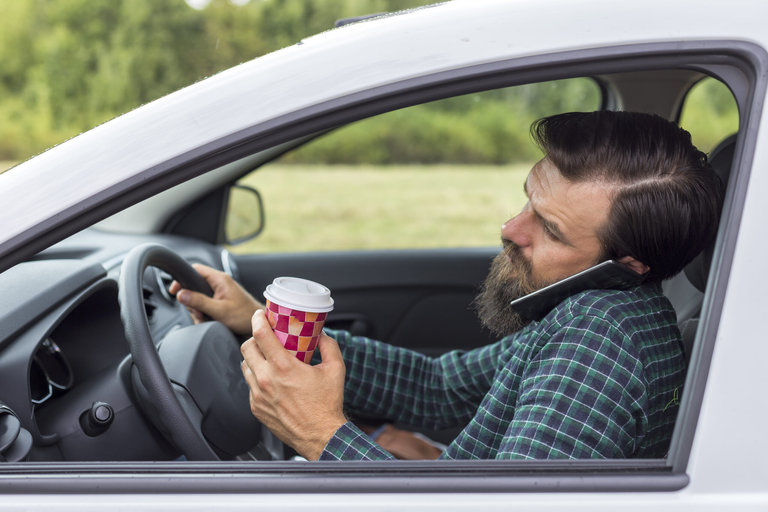 distracted-driving-car-accident